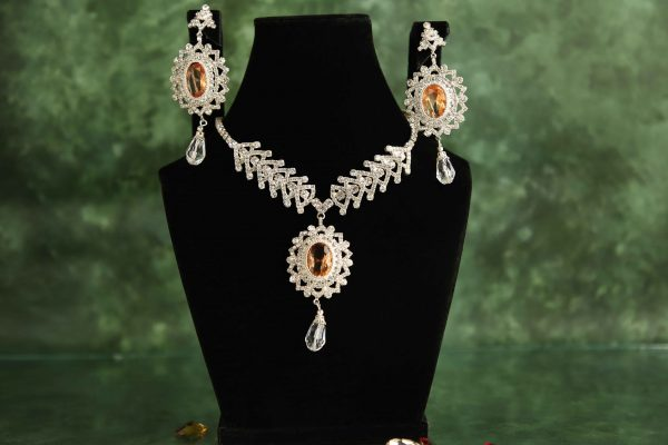 3 in 1 interchangeable necklace set